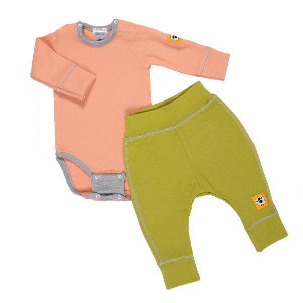Бебешки комплект от 100% МЕРИНО в розово и зелено