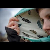 Суитчър за бебеносене от полар Made by Zuz Mint Feathers